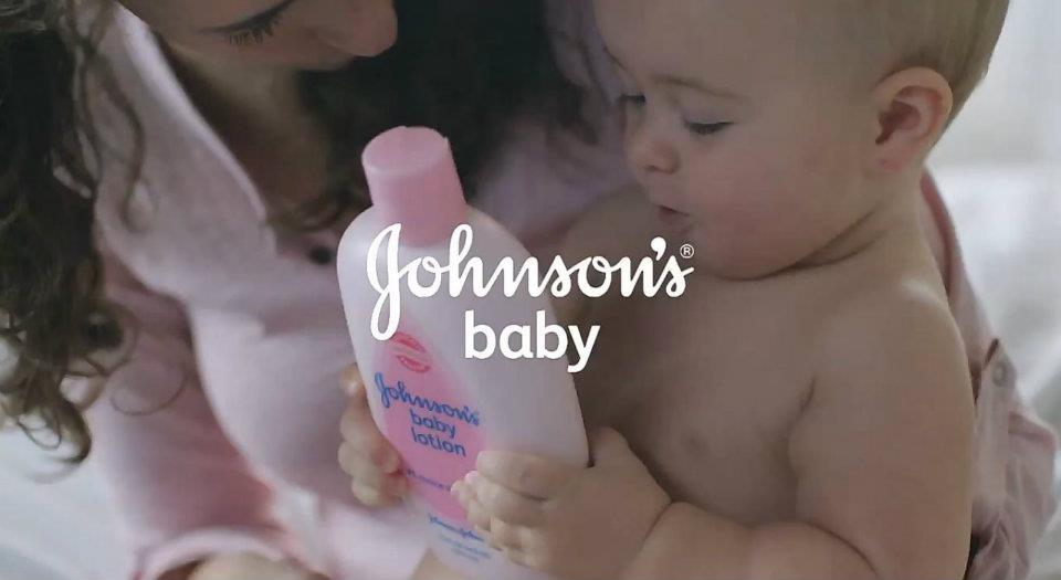 "JOHNSON'S® Baby Commercial ""Mom thing"""